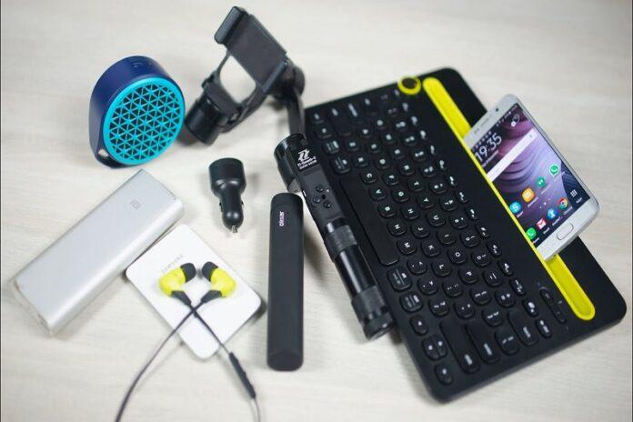 smartphone travel accessories-32957ba4